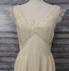 Vintage light peach nightgown